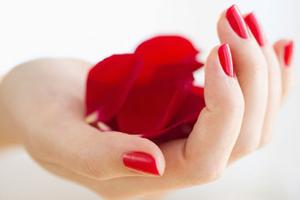 esmaltado semipermanente de manos